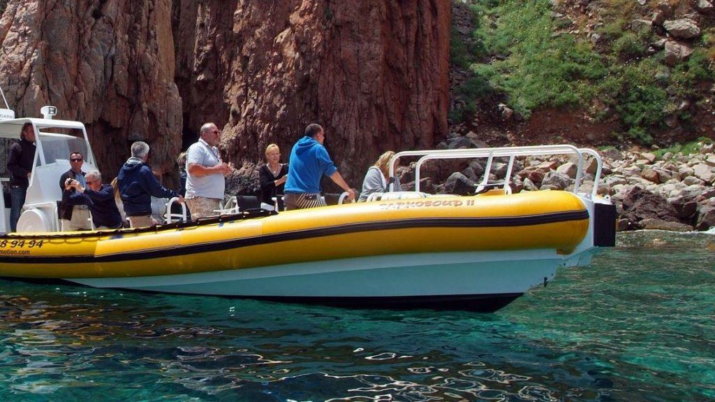 excurion-bateau-depuis-Porto-OTA-vers-girolata-scandola